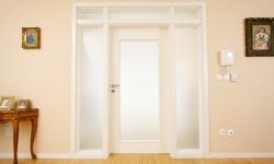 Montáž interiérových aj exteriérových dverí